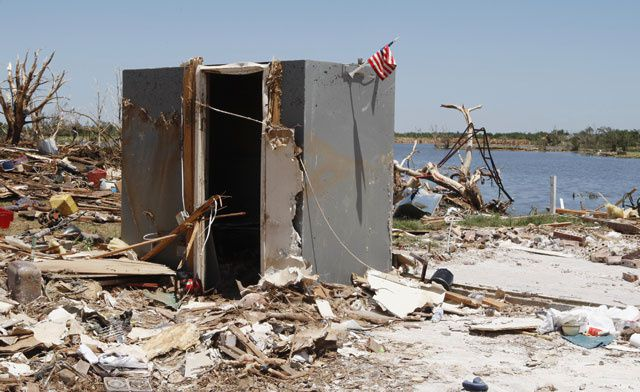 Can You Tornado-Proof A Home? | Por Science Storm Doors Ugly on