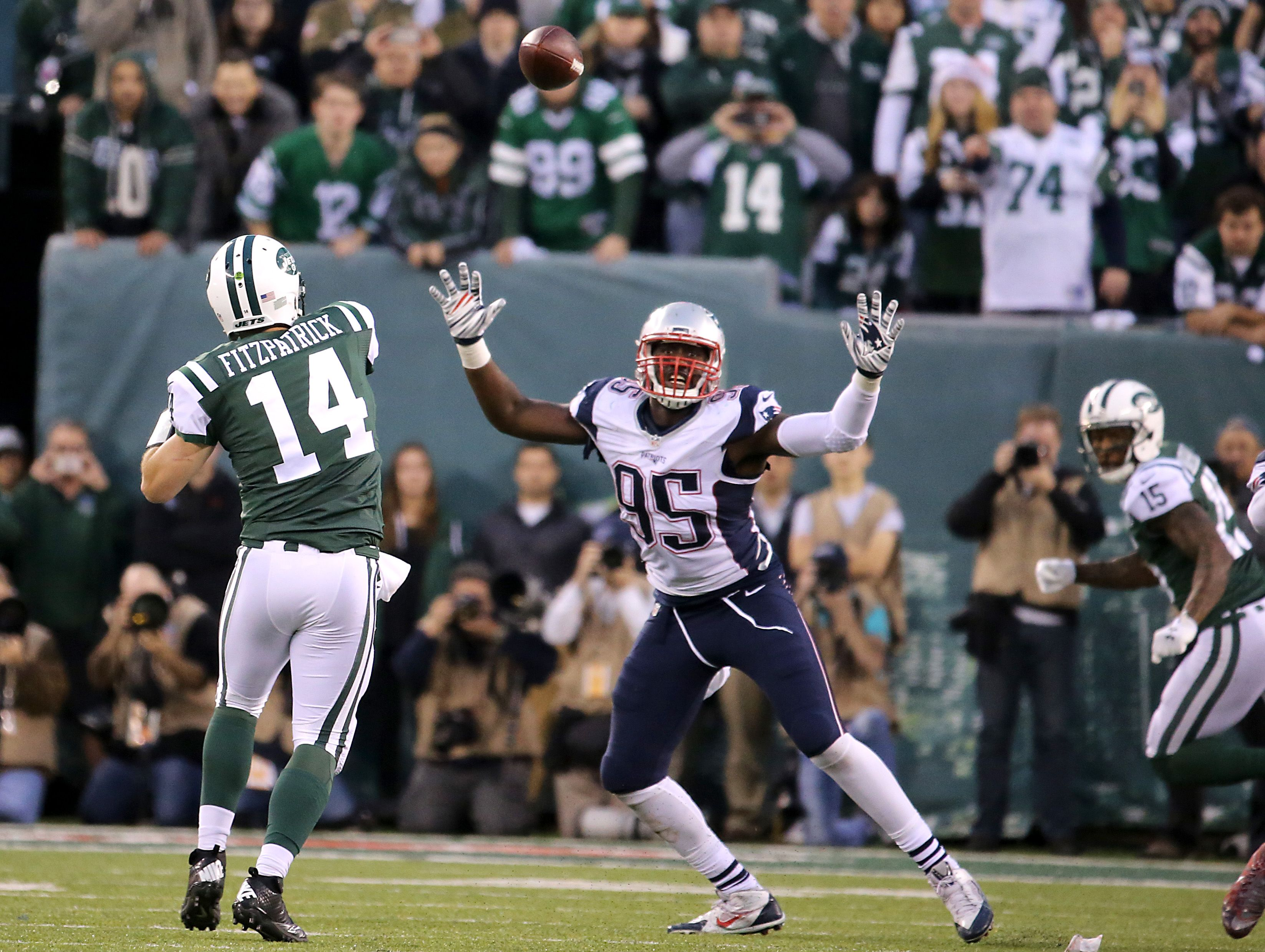 a4a0e22ac Chandler Jones, Dont'a Hightower ruled out vs. Miami - The Boston Globe