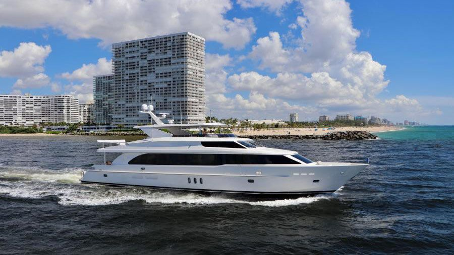 100 Foot Yacht >> 500 000 Price Drop On 100 Foot Hargrave Yachting