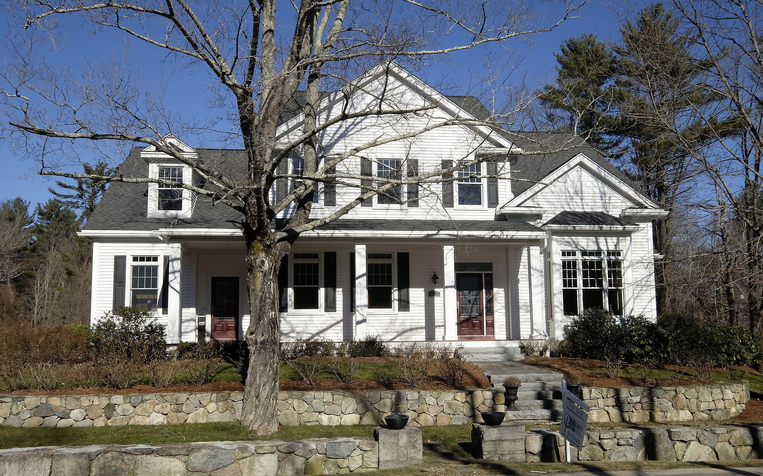 Easton home offers 21st-century comfort - The Boston Globe