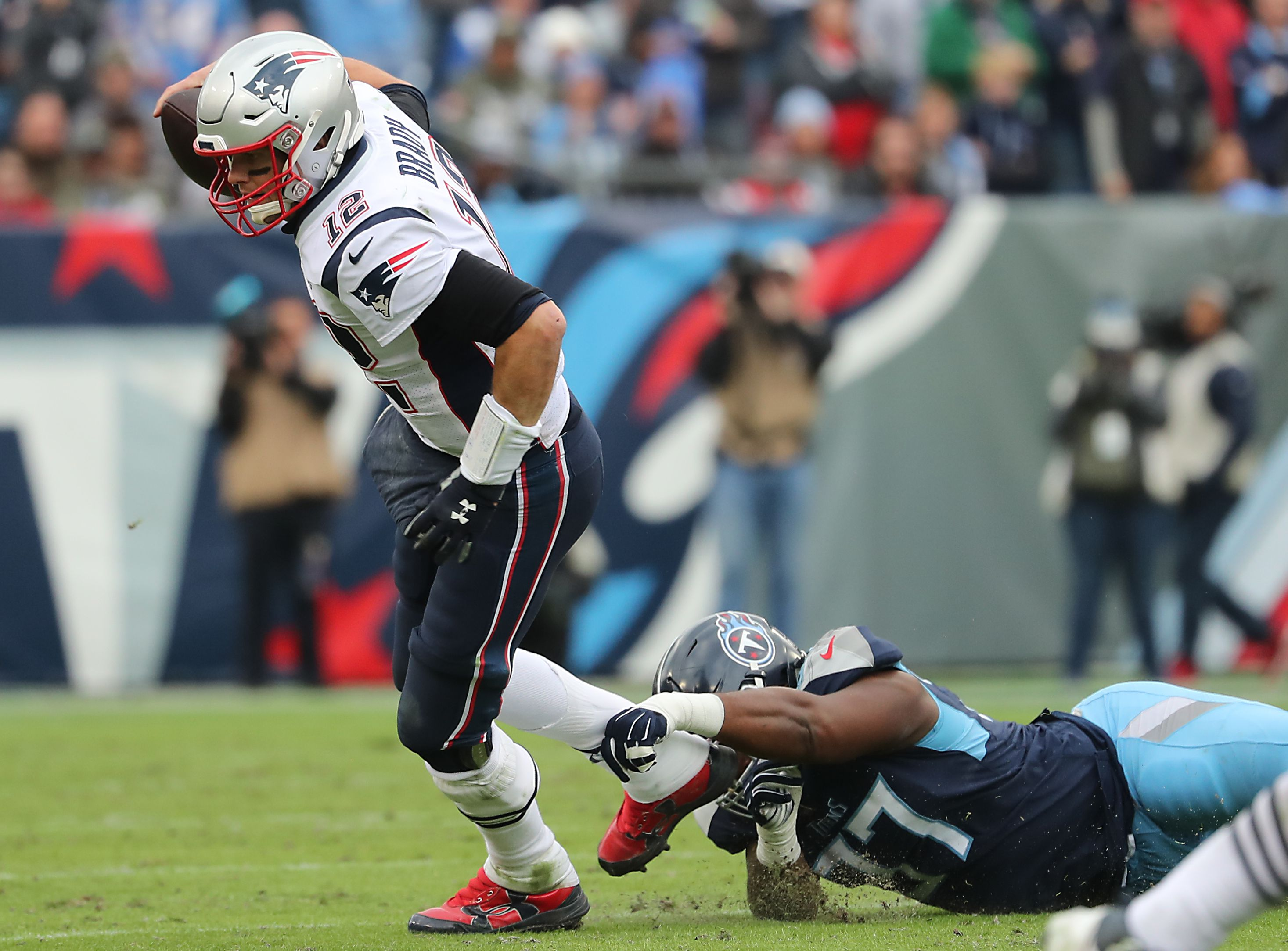 6c4ba328 Mike Vrabel and the Titans thoroughly beat Bill Belichick and the ...