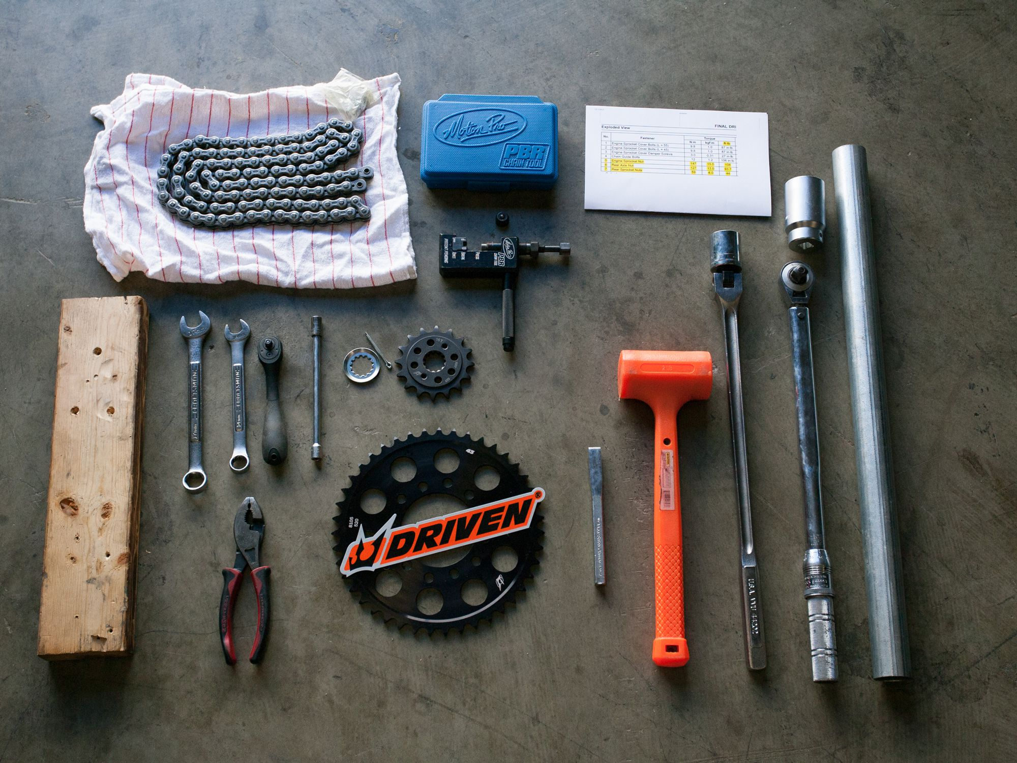 How to Replace Your Motorcycle Chain and Sprockets | Cycle World
