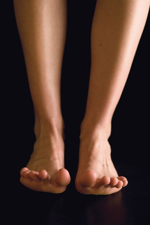FYI: Is There Any Way to Prevent Toe Cramps? | Popular Science